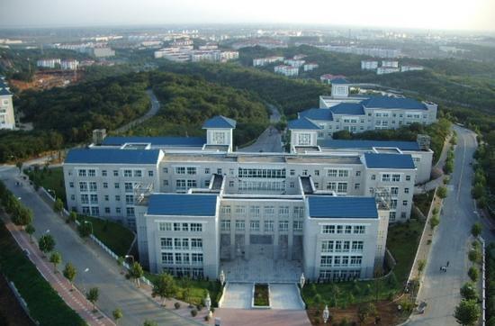 南京工业大学江浦校区的邮编